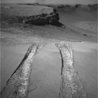NASA Mars Rover Opportunity Ascends to Level Ground