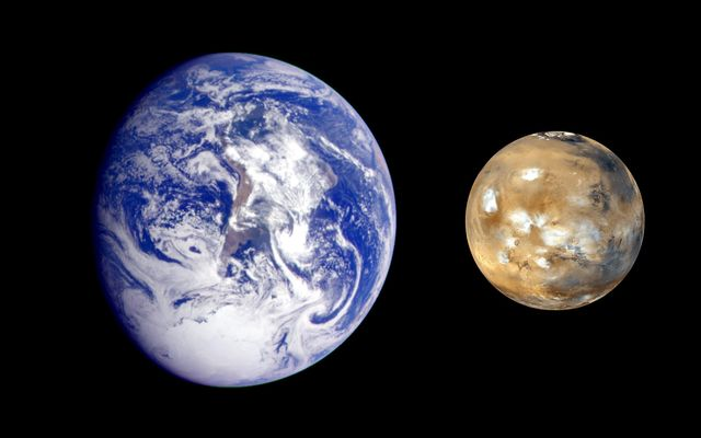 Earth and Mars.credit NASA