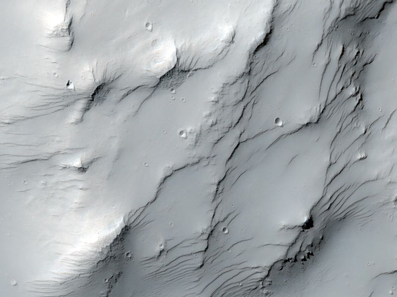 Dust-Mantled Topography near Zephyria Tholus