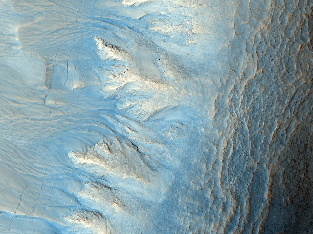 Northern Hemisphere Gullies on West-Facing Crater Slope, Mars