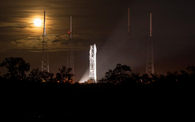 Night Before Launch of Mars-Bound MAVEN Spacecraft