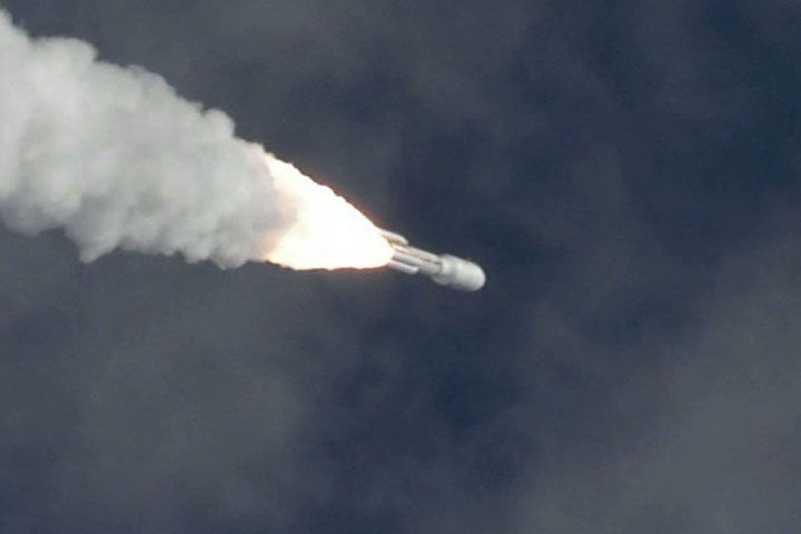NASA's Mars Science Laboratory lifts off from Cape Canaveral Air Force Station, Fla.