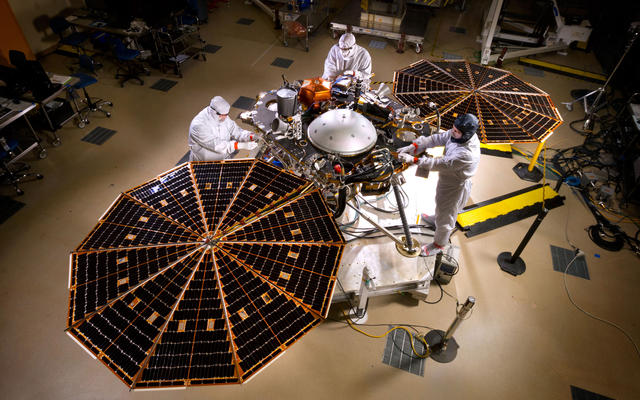 Mars InSight Lander With Solar Panels Open
