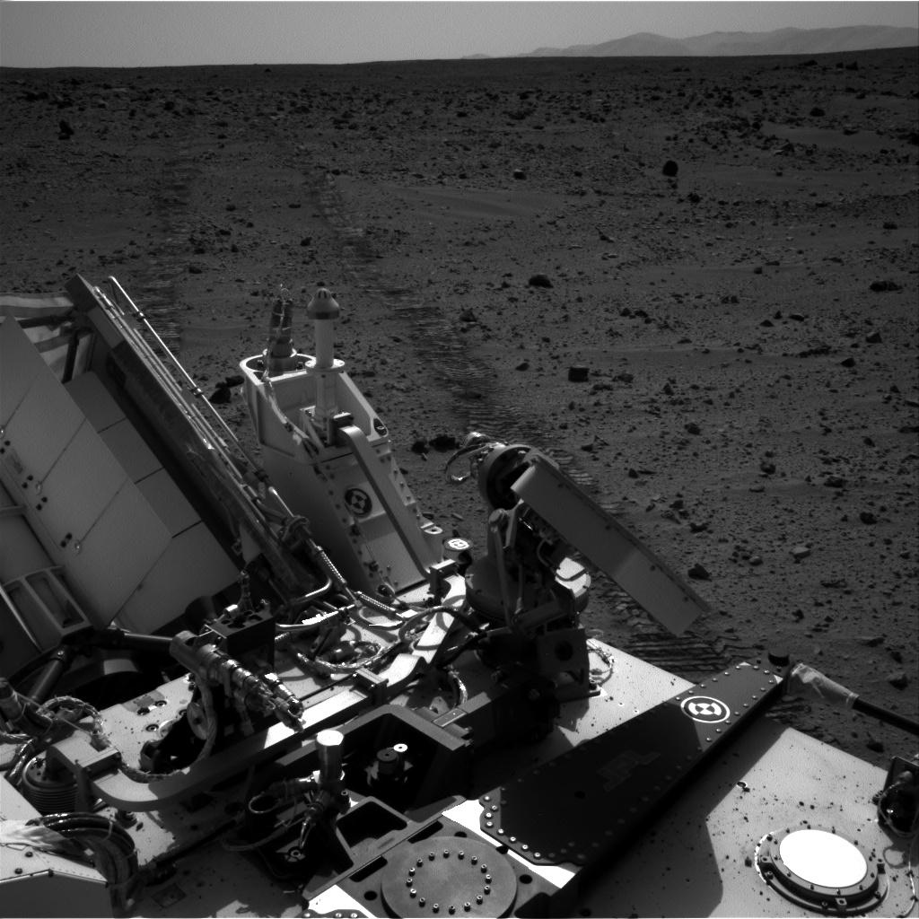 Curiosity completed its longest drive yet, rolling about 160 feet (48.9 meters) eastward toward the Glenelg area.