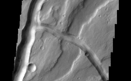 read the article 'Tyrrhena Fossae'