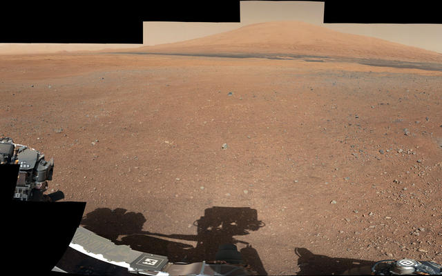 Landing Site Panorama, with the Heights of Mount Sharp