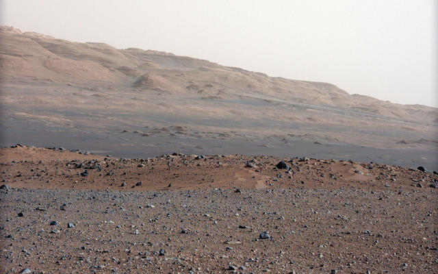 Focusing the 34-millimeter Mastcam