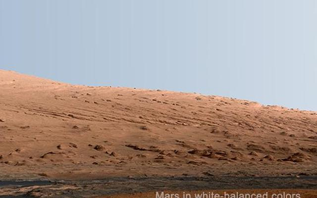 Mount Sharp Panorama in White-Balanced Colors