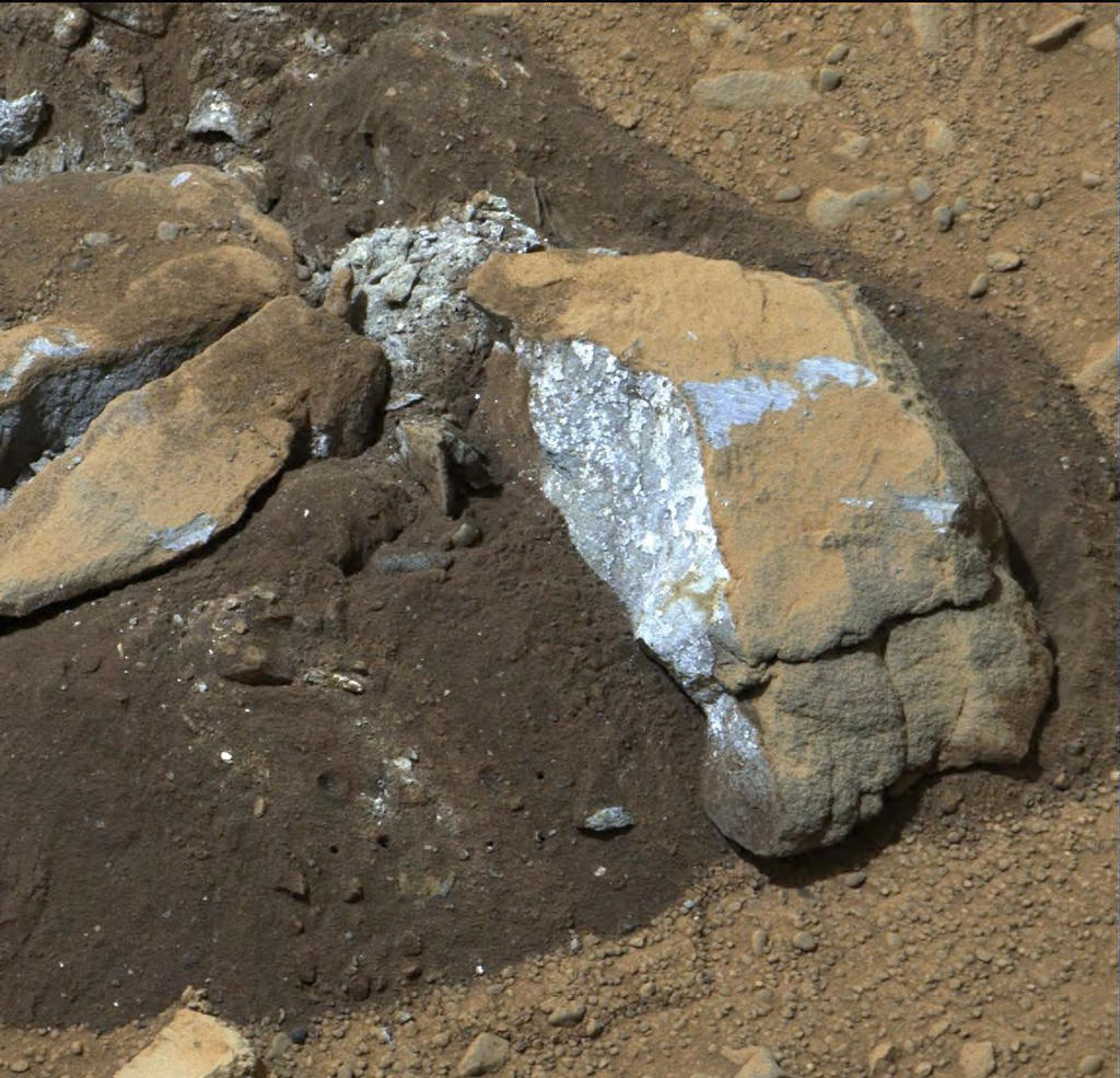 "The Mast Camera (Mastcam) on NASA's Mars rover Curiosity showed researchers interesting internal color in this rock called ""Sutton_Inlier,"" which was broken by the rover driving over it."