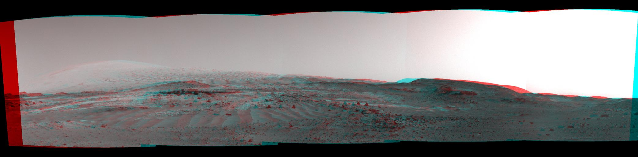 Scene From 'Artist's Drive' on Mars (Stereo)
