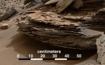"""This view from the Mastcam on NASA's Curiosity Mars rover shows an example of cross-bedding that results from water  passing over a loose bed of sediment. It was taken Nov. 2, 2014, at a target called """"Whale Rock"""" within the """"Pahrump Hills"""" outcrop at the base of Mount Sharp."""