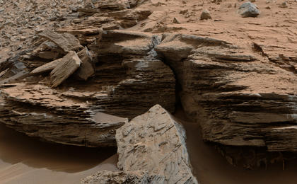 see the image 'Cross-Bedding at 'Whale Rock''