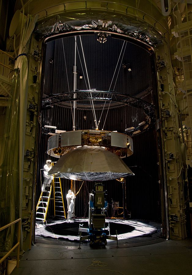 Testing of the cruise stage for NASA's Mars Science Laboratory in August 2010 included a session in a facility that simulates the environment found in interplanetary space.
