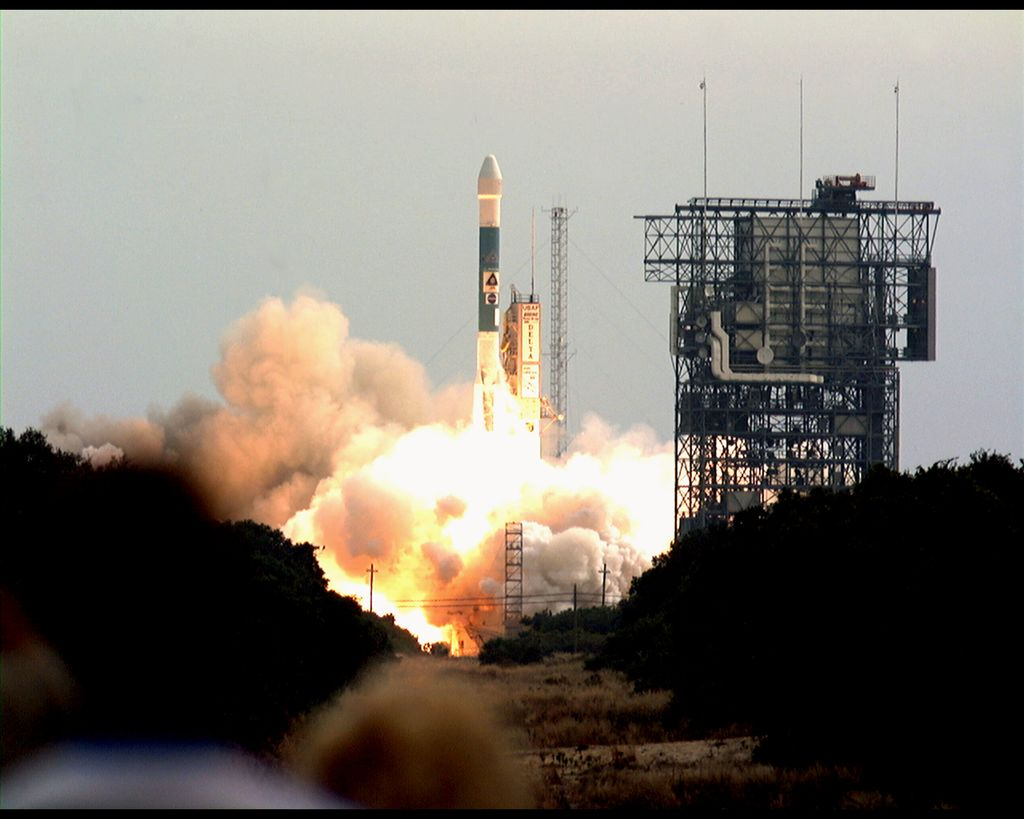 Odyssey launched on Boeing's Delta II 7925 that uses nine strap-on solid rocket motors.