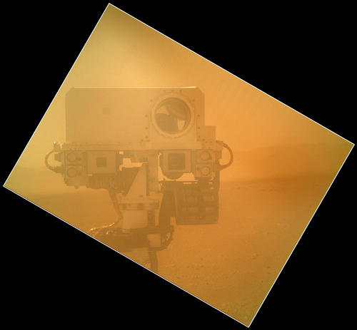 On Sol 32 (Sept. 7, 2012) the Curiosity rover used the Mars Hand Lens Imager (MAHLI) located on its arm to obtain this self-portrait.