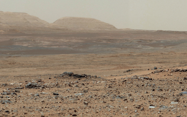 Curiosity Sol 343 Vista With 'Twin Cairns' on Route to Mount Sharp