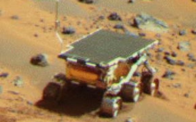 "Pathfinder Rover Atop ""Mermaid Dune"""