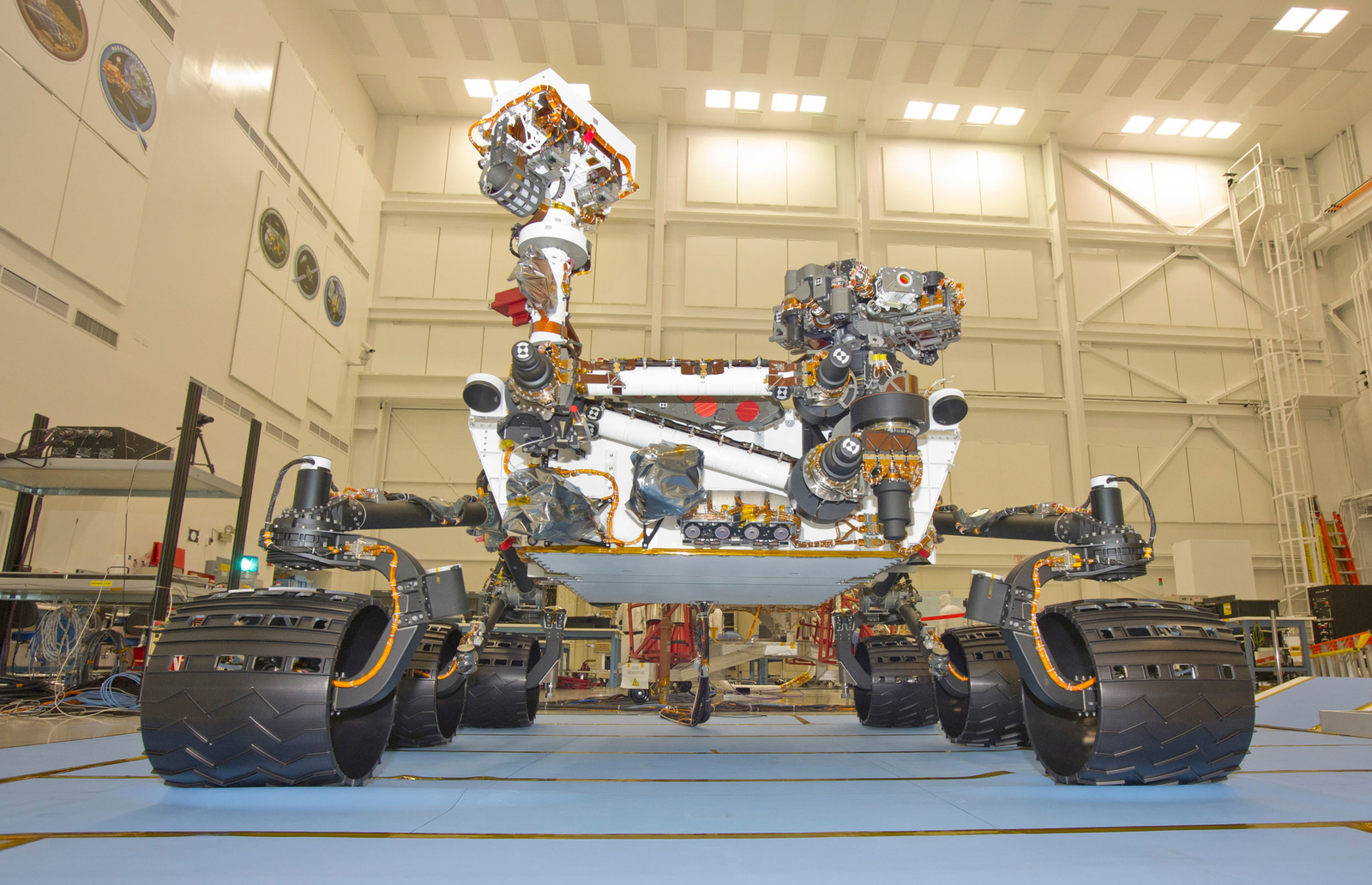 Mars Rover Curiosity, Front View