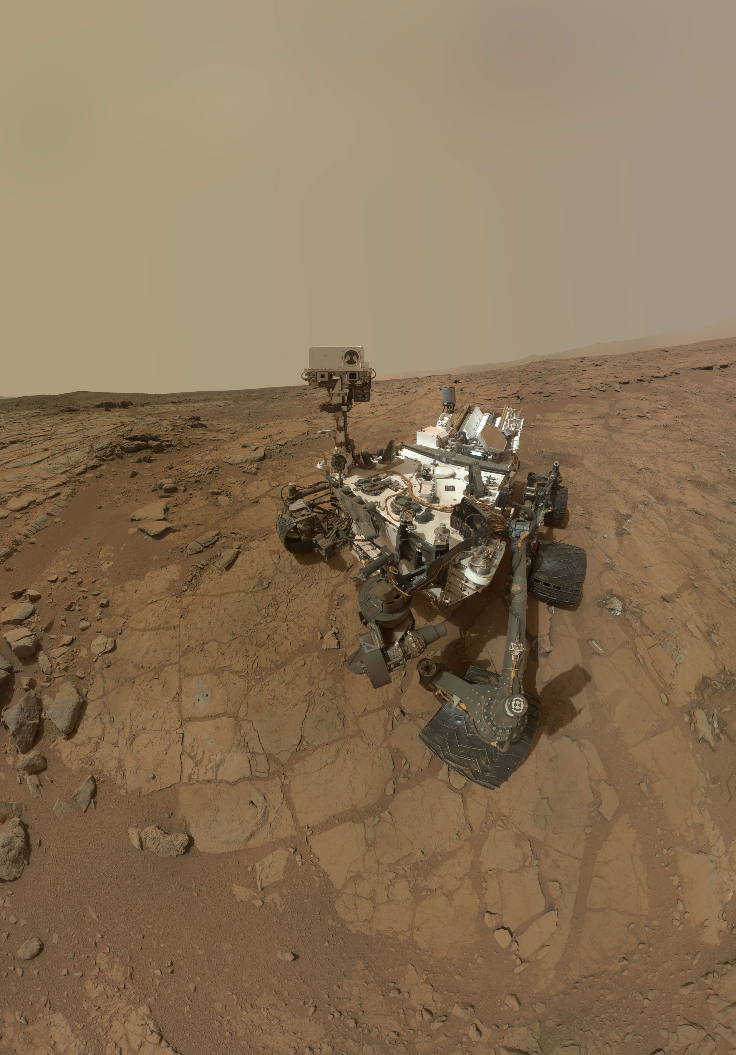 NASA Rover Finds Active and Ancient Organic Chemistry on ...