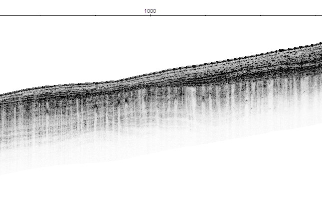 Sample radargram of a glacier in Svalbard obtained with the HUBRA radar instrument, a precursor of RIMFAX built by the FFI team.