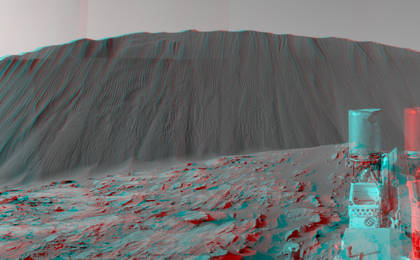 read the article 'Downwind Side of 'Namib' Sand Dune on Mars, Stereo'