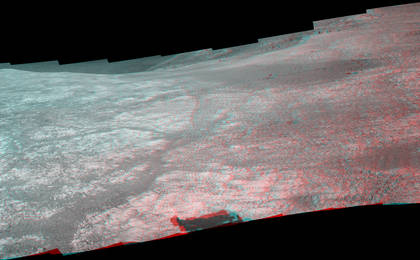 read the article 'Mars Rover Opportunity's Panorama of 'Marathon Valley' (Stereo)'