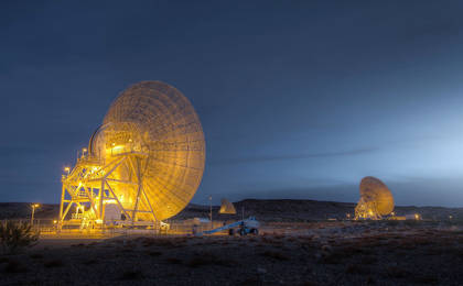 "read the article 'Deep Space Network antennas at Goldstone's ""Apollo Valley""'"