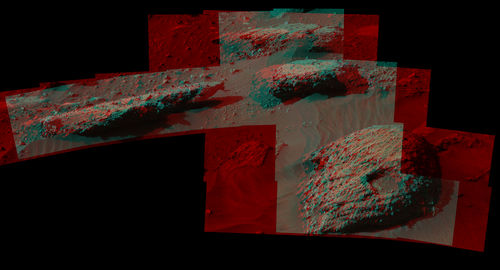 Breccia-Conglomerate Rocks on Lower Mount Sharp, Mars (Stereo)