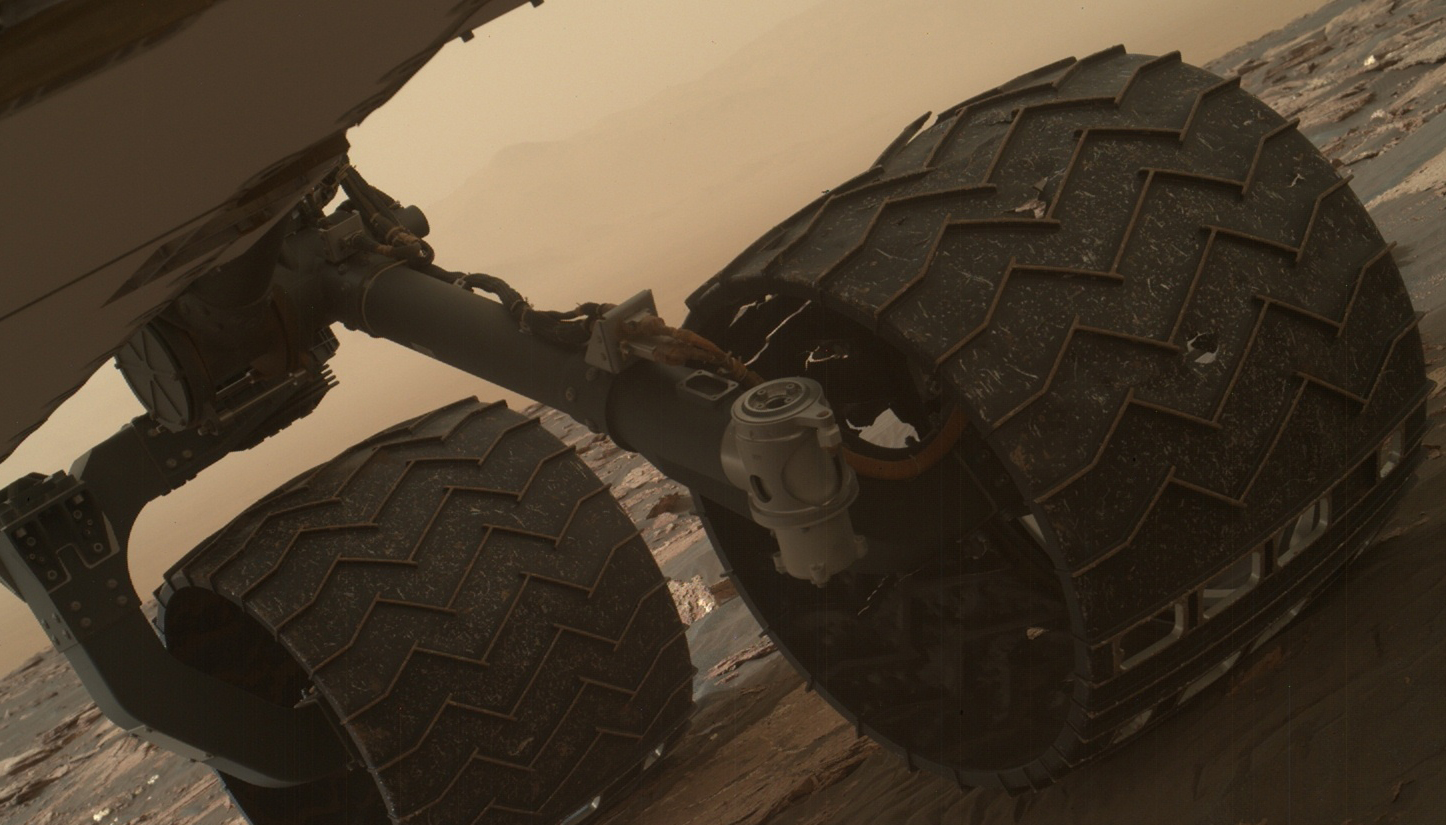 Break in Raised Tread on Curiosity Wheel