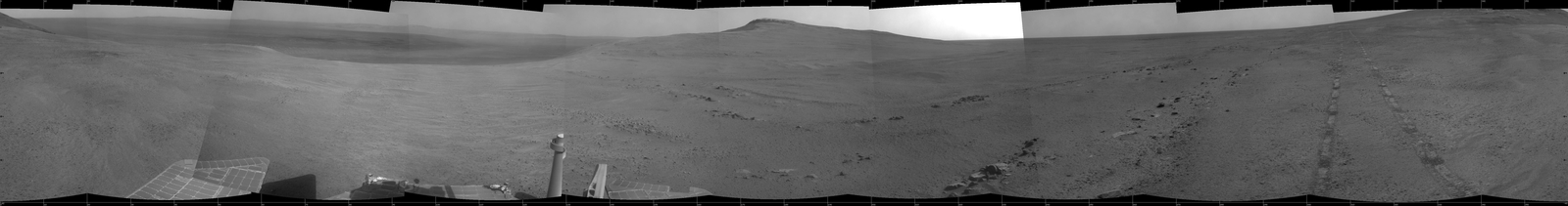 Crater Rim and Plain at Head of 'Perseverance Valley,' Mars