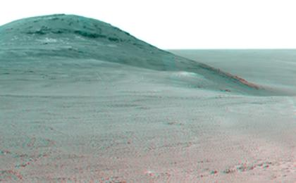 read the article 'Panorama Above 'Perseverance Valley' on Mars (Stereo)'