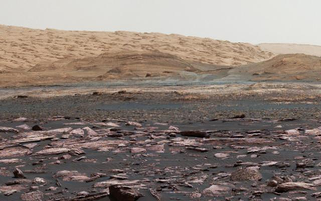 View Toward 'Vera Rubin Ridge' on Mount Sharp, Mars