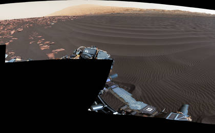 read the article ''Nathan Bridges Dune' on a Martian Mountain'