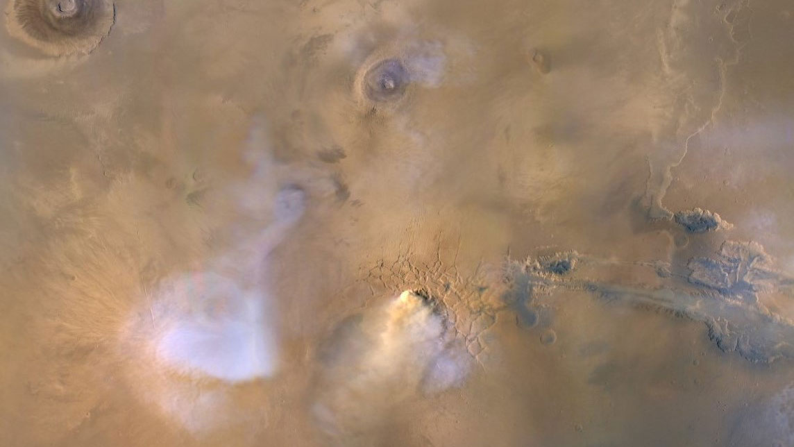 Global Storms on Mars Launch Dust Towers Into the Sky