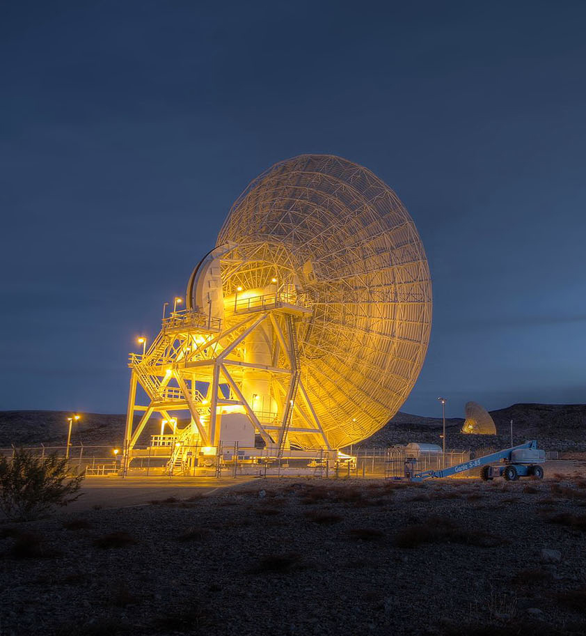 Image of the Deep Space Network Communications antenna at Goldstone, California