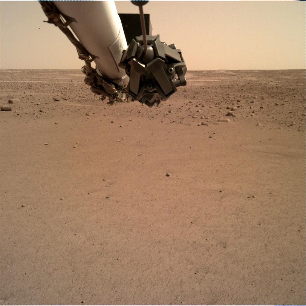 Nasa's Mars lander InSight acquired this image using its Instrument Deployment Camera on Sol 14