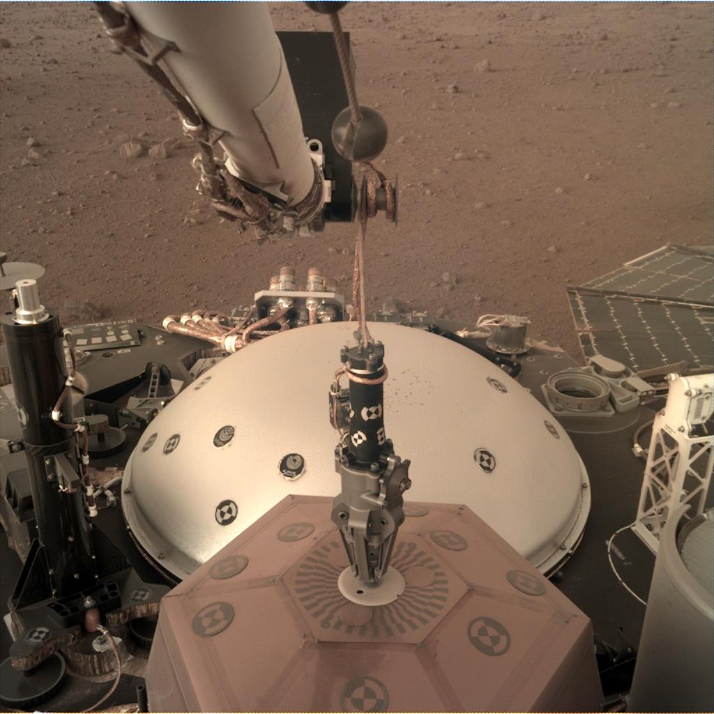 Atterisage de la sonde Marsienne Insight D000M0020_598325362EDR_F0000_0903M_