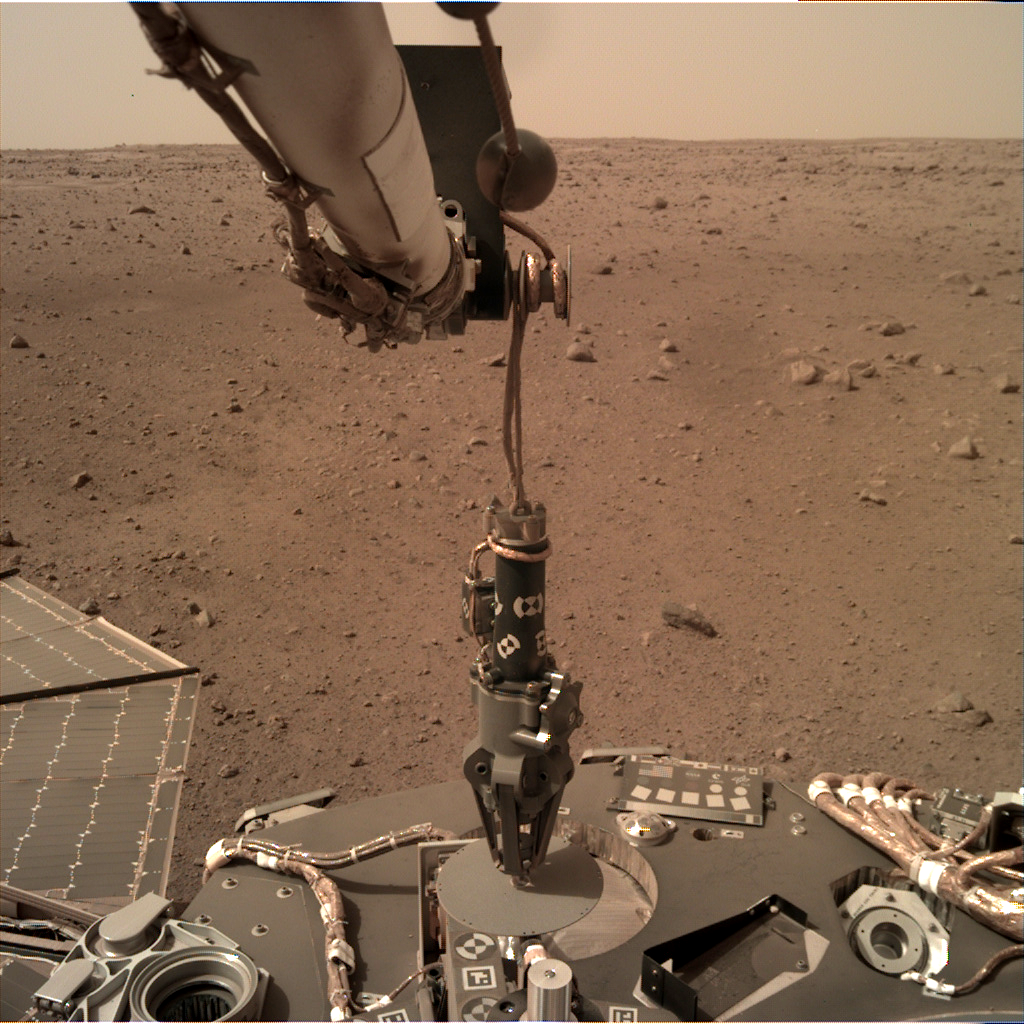 https://mars.nasa.gov/insight-raw-images/surface/sol/0074/idc/D000M0074_603106072EDR_F0000_0250M_.PNG