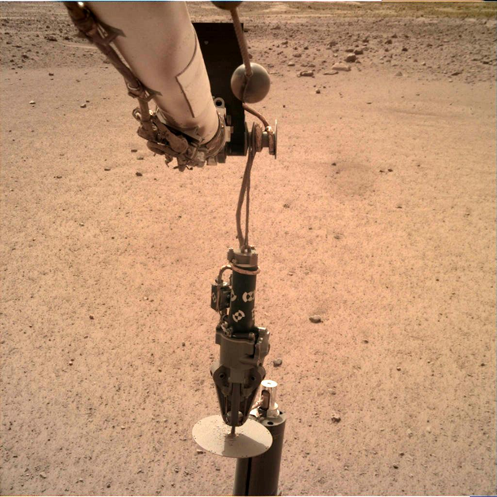 Nasa's Mars lander InSight acquired this image using its Instrument Deployment Camera on Sol 76