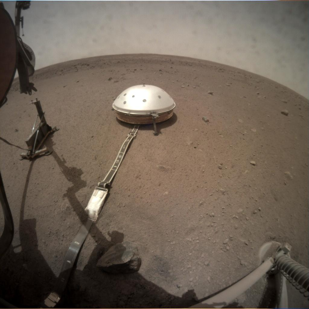 Nasa's Mars lander InSight acquired this image using its Instrument Context Camera on Sol 87