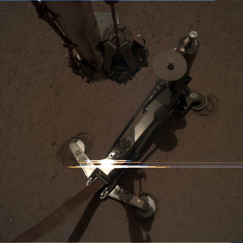 Nasa's Mars lander InSight acquired this image using its Instrument Deployment Camera on Sol 117