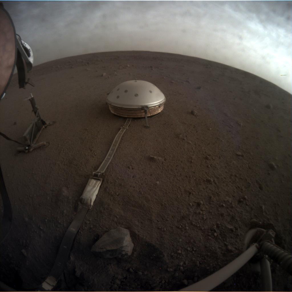 MARS: CURIOSITY u krateru  GALE Vol II. - Page 37 C000M0145_609422901EDR_F0000_0676M_