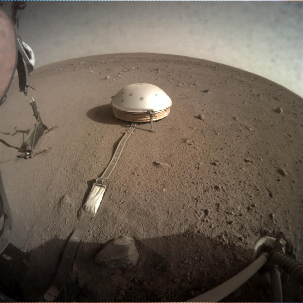 Nasa's Mars lander InSight acquired this image using its Instrument Context Camera on Sol 185