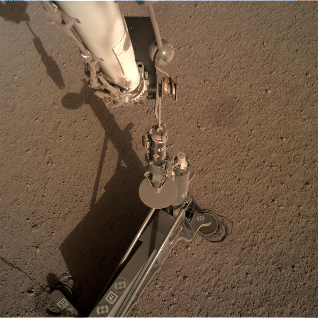 Nasa's Mars lander InSight acquired this image using its Instrument Deployment Camera on Sol 185