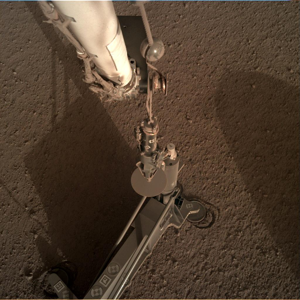 Nasa's Mars lander InSight acquired this image using its Instrument Deployment Camera on Sol 187