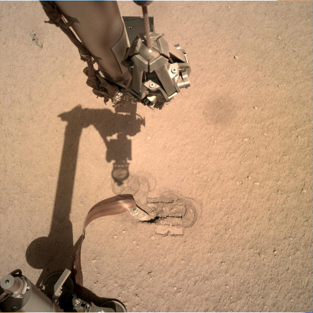 Nasa's Mars lander InSight acquired this image using its Instrument Deployment Camera on Sol 251
