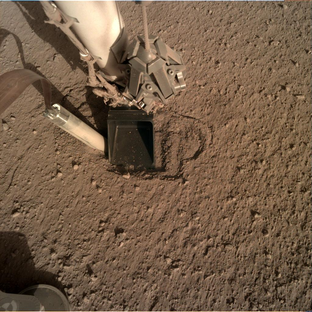 Nasa's Mars lander InSight acquired this image using its Instrument Deployment Camera on Sol 368