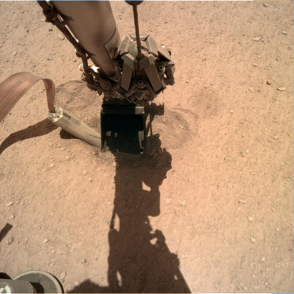 Nasa's Mars lander InSight acquired this image using its Instrument Deployment Camera on Sol 416