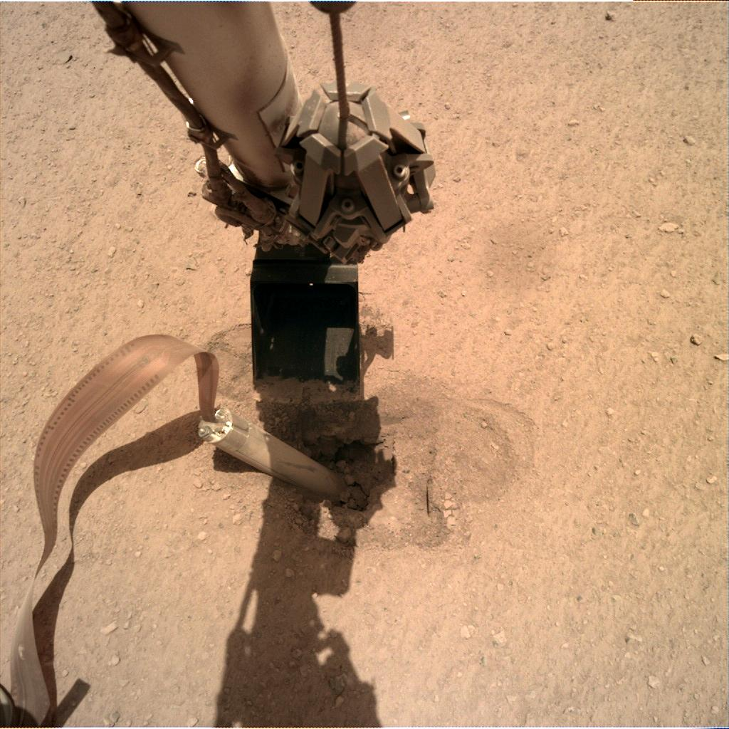 Nasa's Mars lander InSight acquired this image using its Instrument Deployment Camera on Sol 431