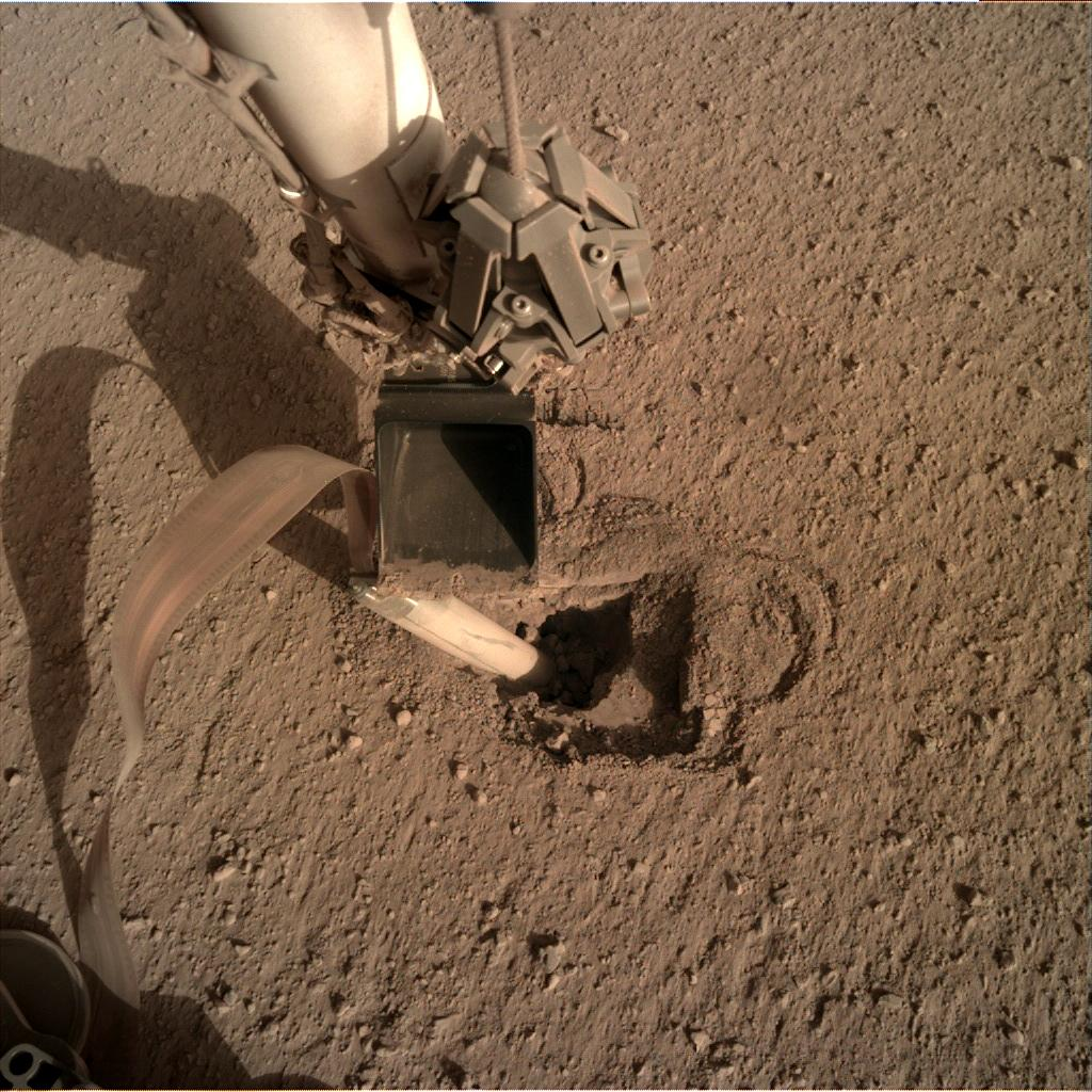 Nasa's Mars lander InSight acquired this image using its Instrument Deployment Camera on Sol 458